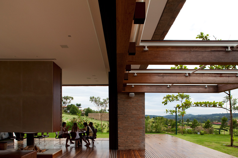 Casa MP by Studio Arthur Casas