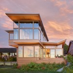 Finne Architects Design A Home Overlooking Elliot Bay In Seattle