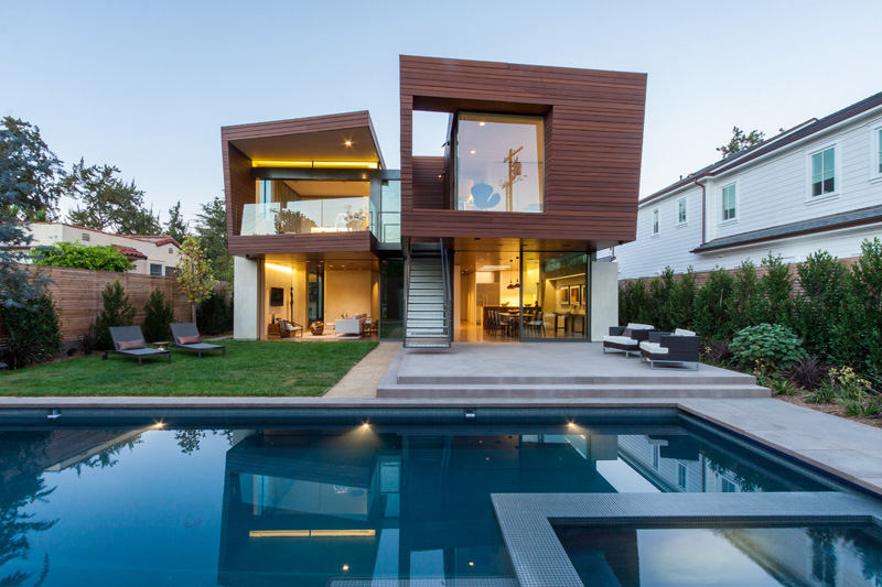Contemporary house in Santa Monica, California, designed by Kovac Design Studio