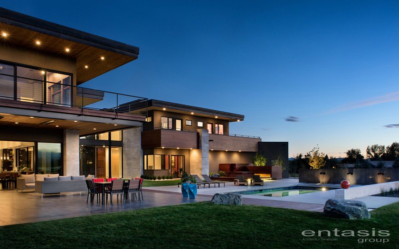 The Holly House By The Entasis Group