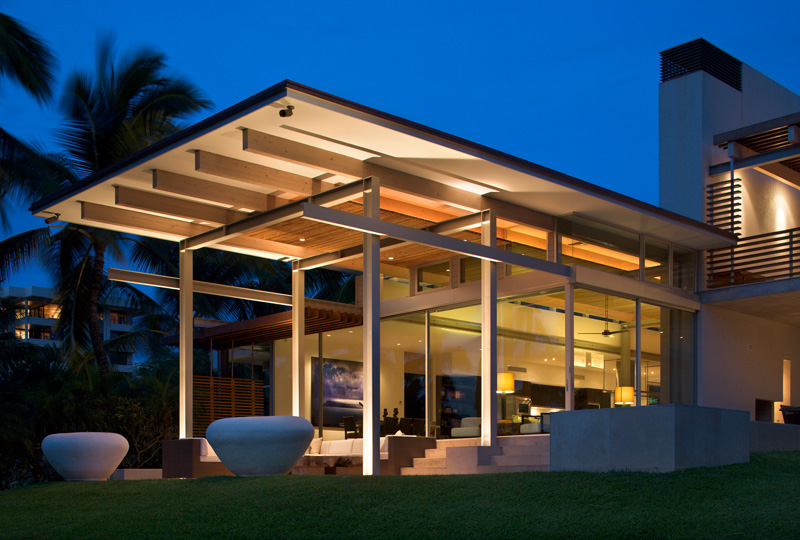 Home on Maui by Bossley Architects