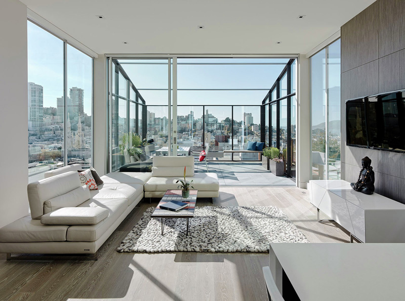 This home in San Francisco shows us what life is like at the top
