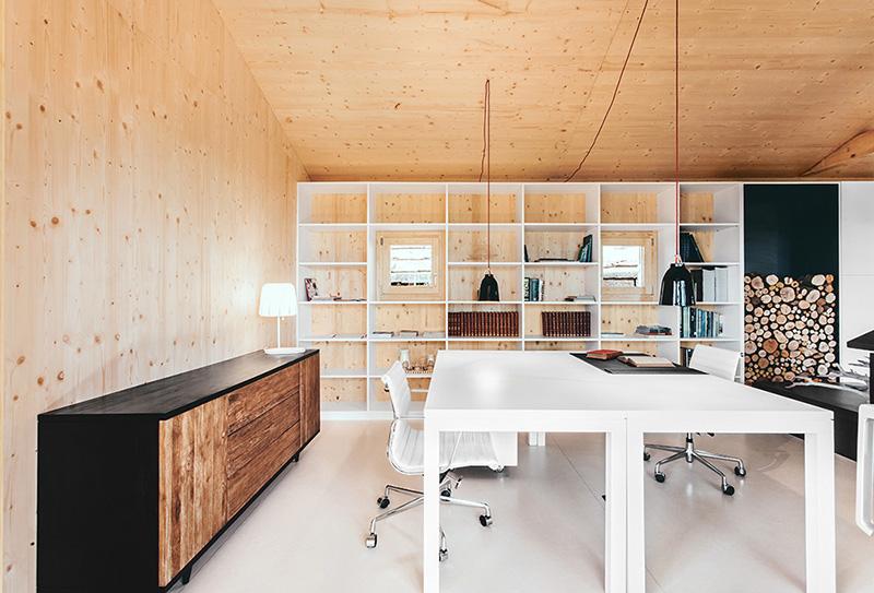 Casa estudio de madera by Dom Arquitectura