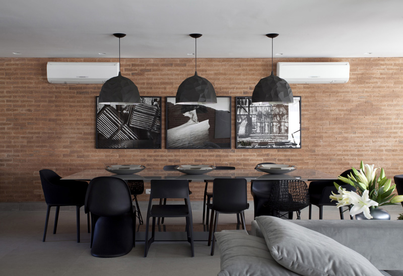 Apartment in Sao Paulo, Brazil, designed by Marcelo Rosset Arquitetura