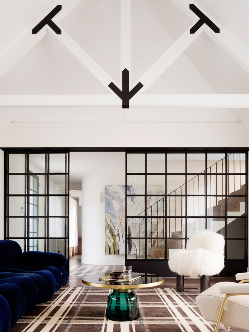 The Balancing Home by Luigi Rosselli Architects