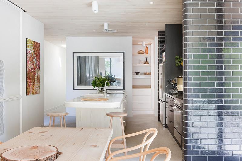 Design Detail - This Architect Used Glazed Bricks In Her Own Kitchen