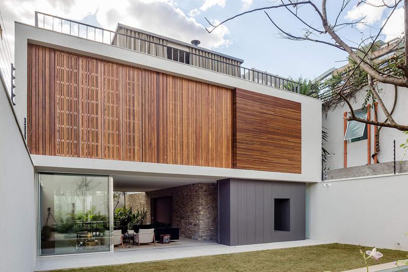 Casa Lara in São Paulo, Brazil, designed by Felipe Hess