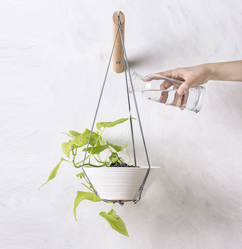 These hanging indoor planters by Loop Design Studio are perfect for smaller trailing plants or succulents. #Planters #SmallPlanters #Plants #Decor #HomeDecor #GiftIdea
