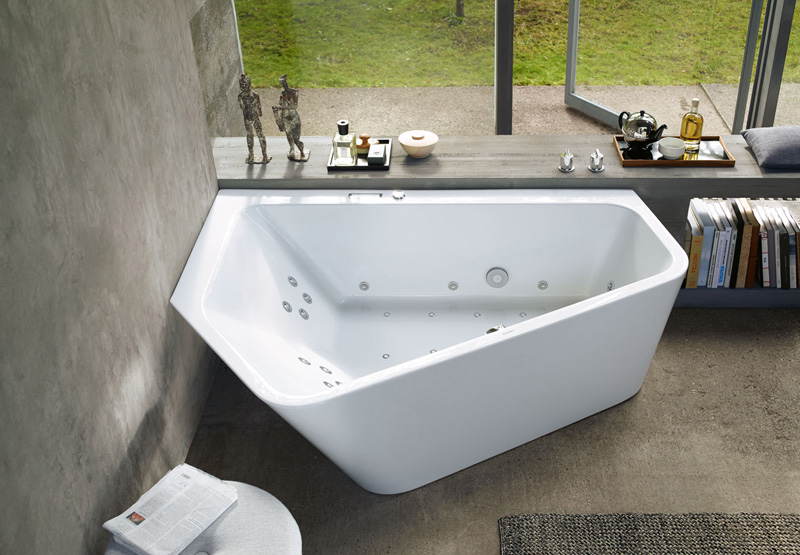 A new bathtub design that is perfect for two people for New bathtub designs