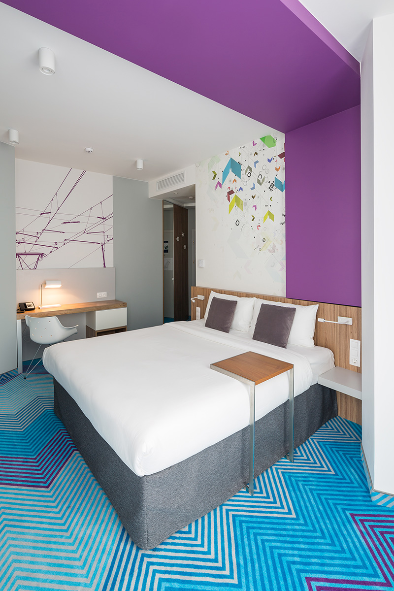 9 Photos Inside The Vibrant Ibis Styles Hotel In Lviv, Ukraine