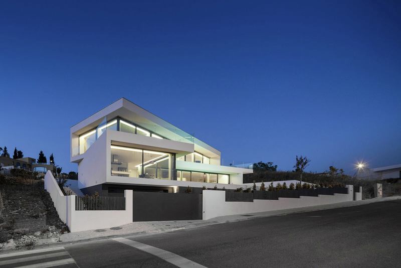 JC House by JPS Atelier