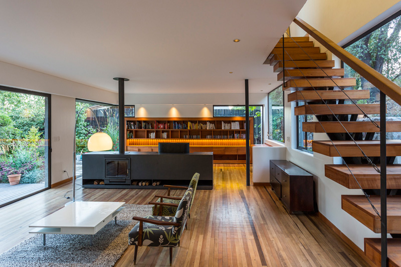 Lo Curro House by Nicolas Loi