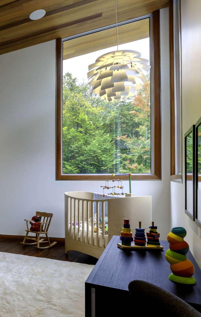 Contemporary nursery room