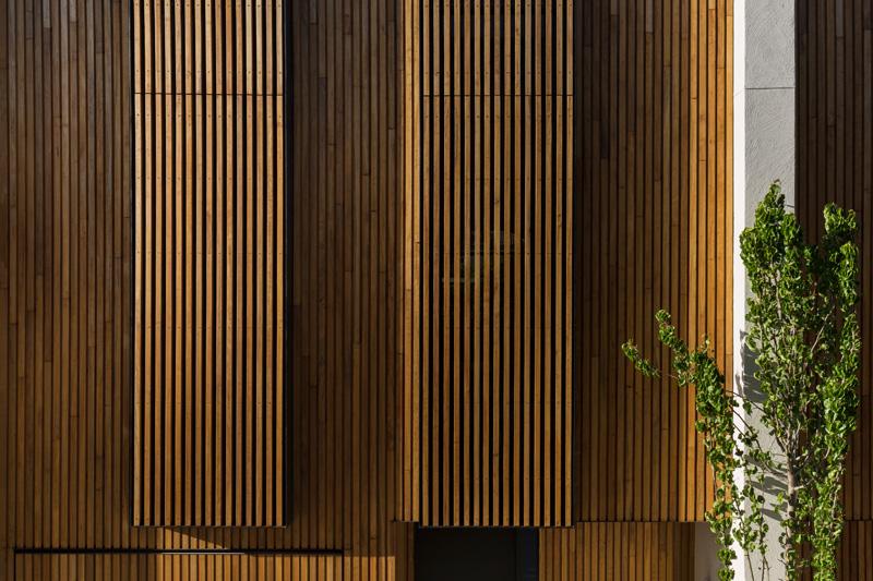 30 Esplanade by Wood Marsh & Kendra Pinkus