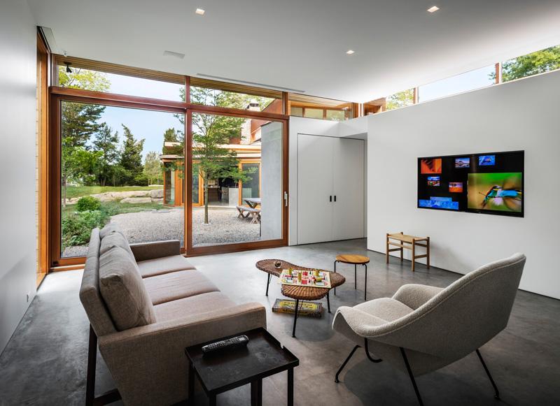 Stonington Residence by Joeb Moore & Partners