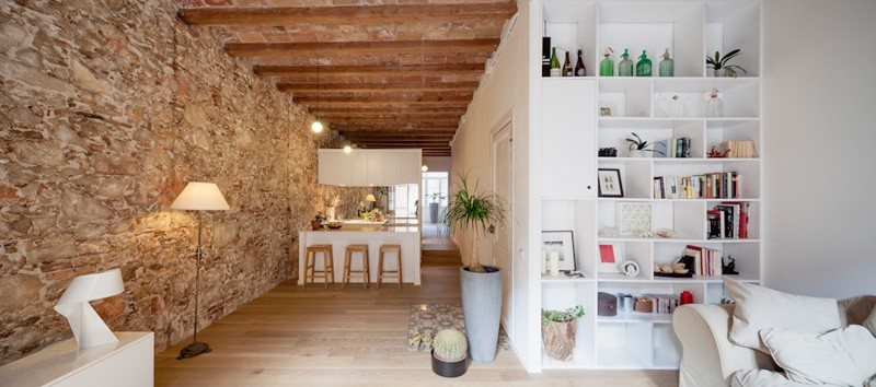 Interior Renovation Of An Apartment In Barcelona Spain Designed By Sergi Pons