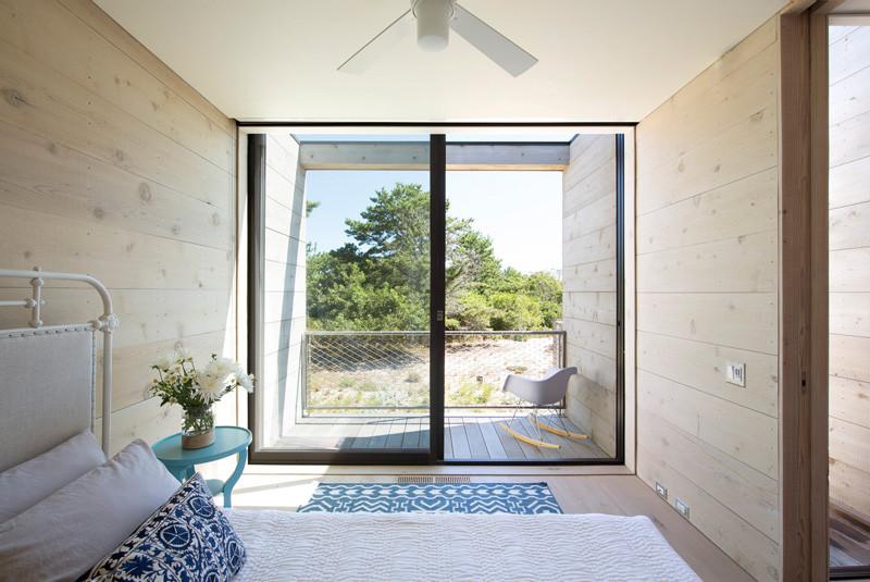 Amagansett Dunes by Bates Masi Architects
