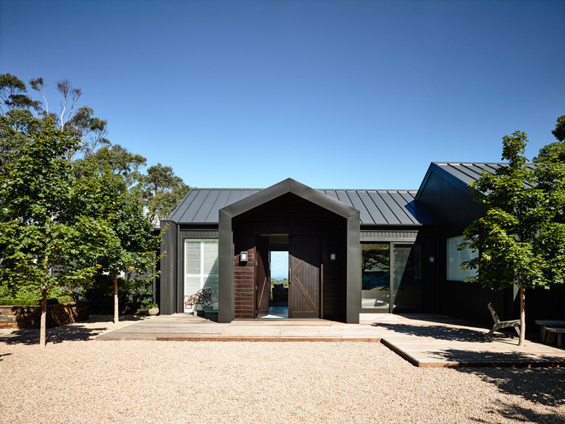 Flinders House Renovation by Canny Architecture