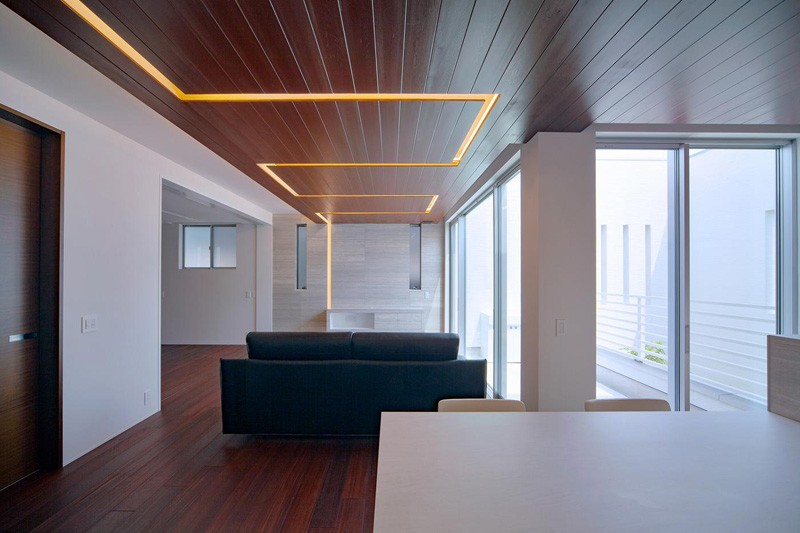 Follow the lighting in this home in Japan