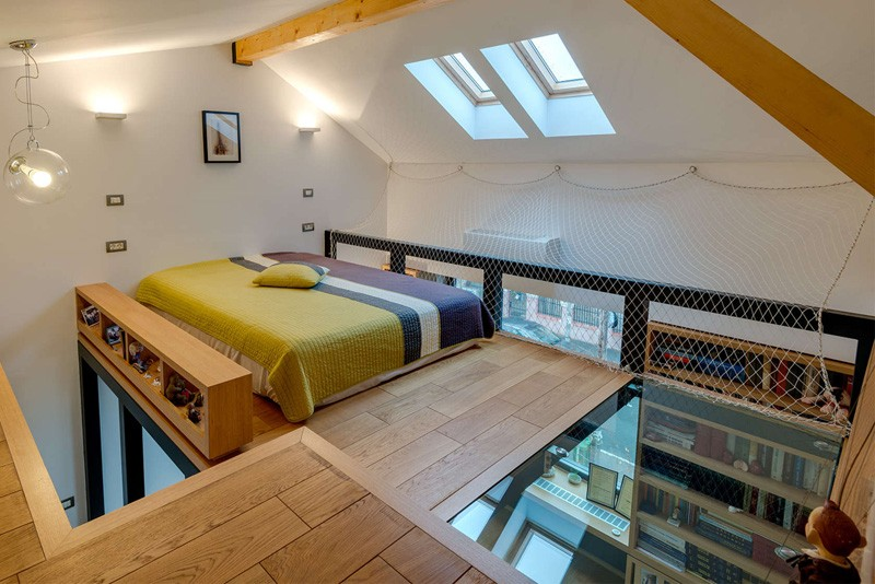 This loft bedroom is only for adventurous sleepers for 4 bedroom house with loft
