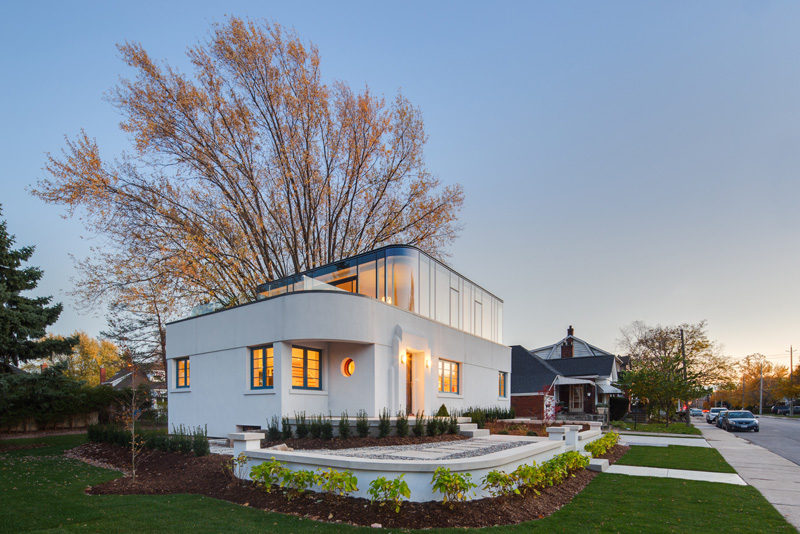 This 1930s Streamline Moderne House Got A Contemporary Renovation And Addition