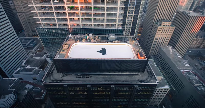 A rooftop ice rink has just been installed atop a 32 storey building in Toronto