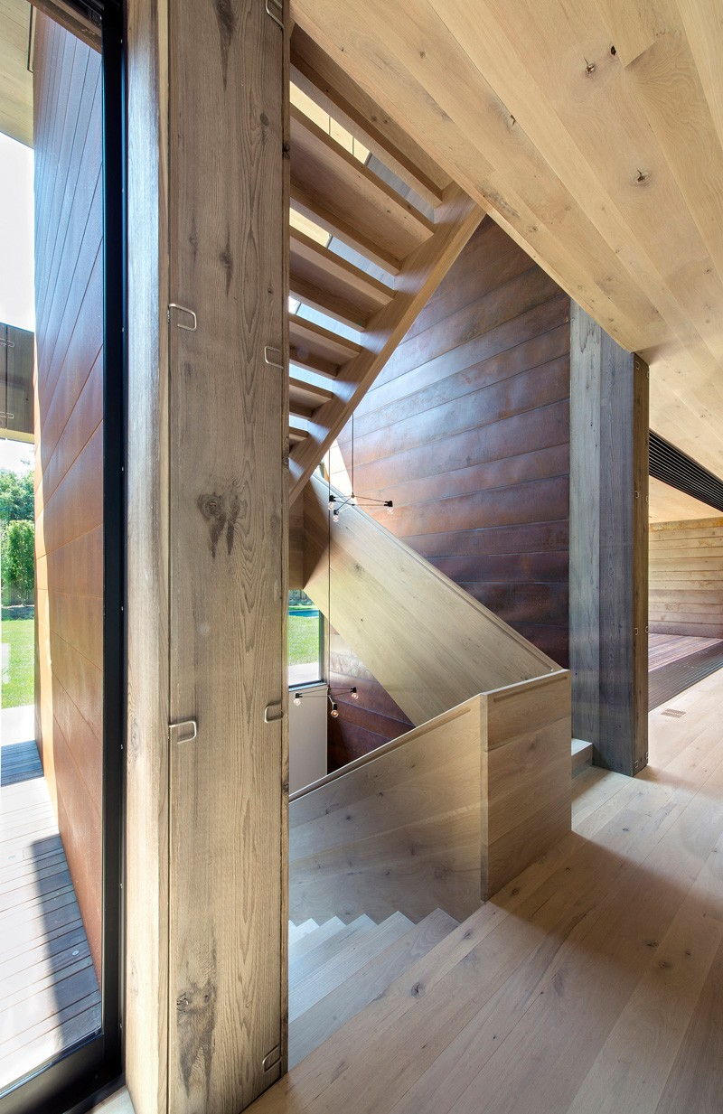 We explain why the wood siding on this house is held on by clips