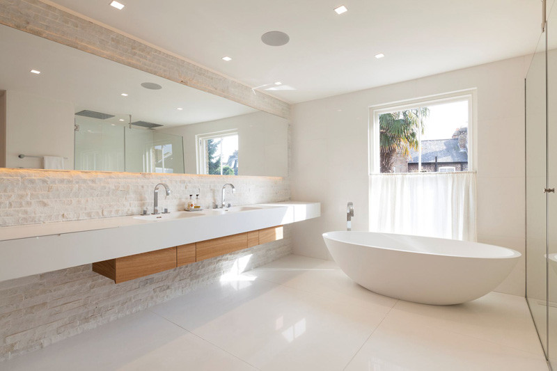 8 Reasons Why You Should Have A Backlit Mirror In Your Bathroom // They're Efficient --- Because they use LED lights, rather than incandescent ones, backlit mirrors use much less energy and last longer than ordinary lightbulbs would.