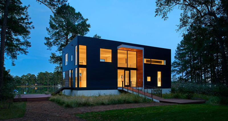 This home in Maryland has been designed to take advantage of the water views