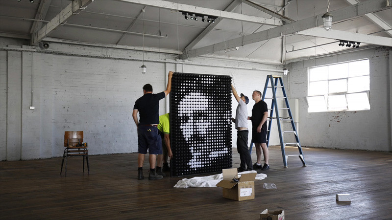 This Light Sculpture Is A Tribute To Nikola Tesla