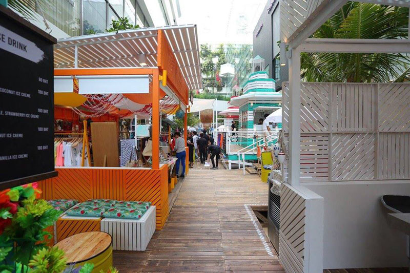 13 Pictures Of A Fun Pop-Up Beach In A Bangkok Mall