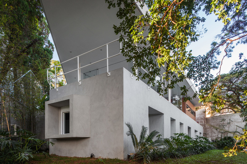 The Marquise House in Sao Paulo, Brazil, designed by FGMF (Forte, Gimenes & Marcondes Ferraz Arquitectos).