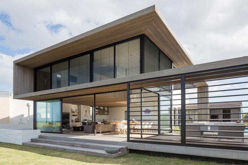 Tuatua House in Omaha, New Zealand, designed by Julian Guthrie.