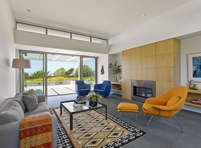 IN|OUT Residence in Stinson Beach, California, designed by WNUK SPURLOCK Architecture