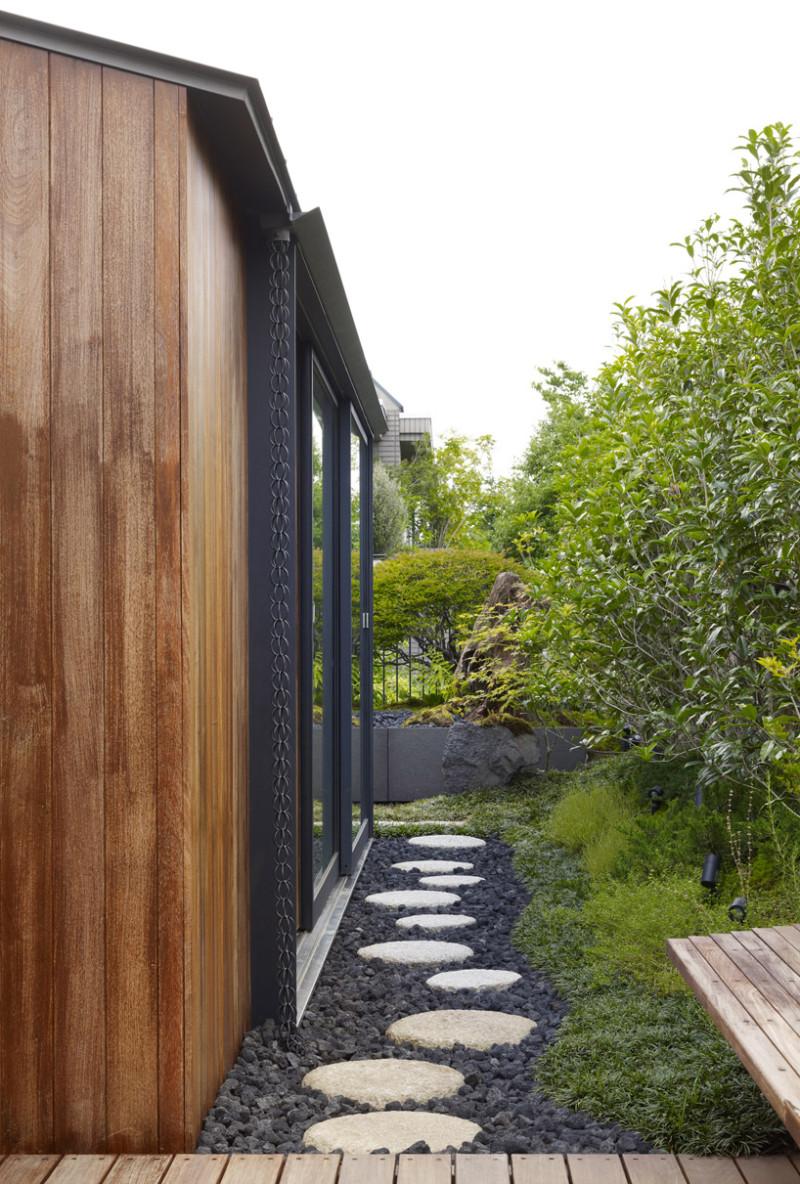 12 Garden Paths To Inspire Your Garden Makeover This Spring