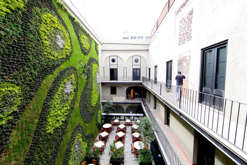 ISABEL LA CATÓLICA by Verde Vertical
