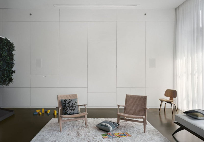 This Apartment Wall Hides A Few Surprising Features
