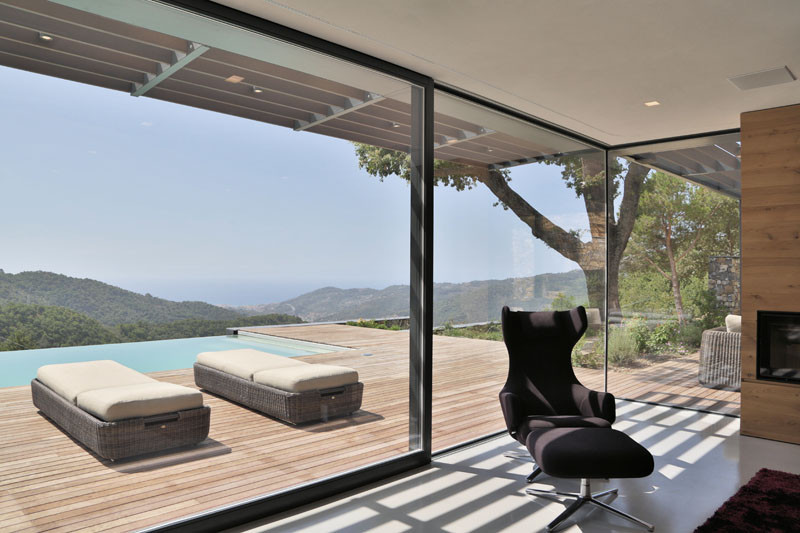 Villa N by Giordano Hadamik Architects