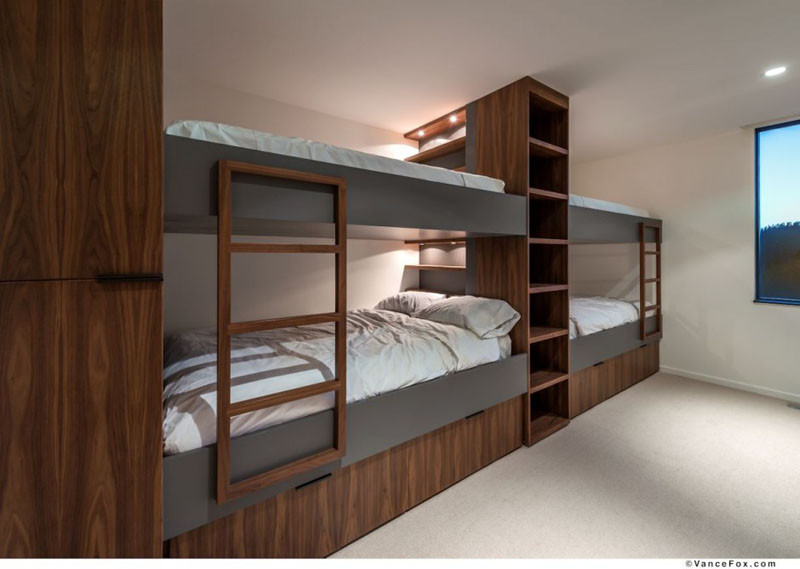 Elegant  examples of bedrooms with built in bunk beds