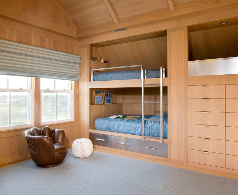 Vintage  examples of bedrooms with built in bunk beds