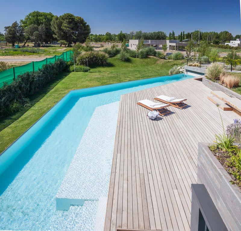 Casa Rampa by Remy Architects