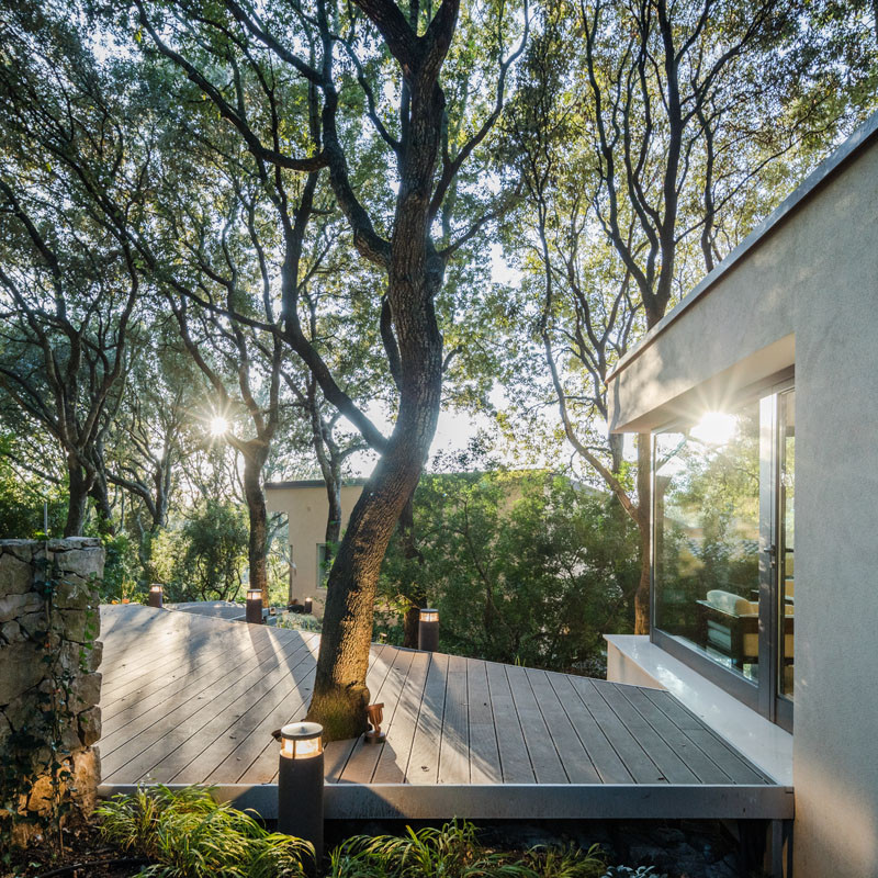 The House in the Woods, a detached extension, designed by Officina29 Architetti