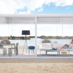 This Glass Box Lets You Enjoy The Outdoors Even When It's Windy And Cold