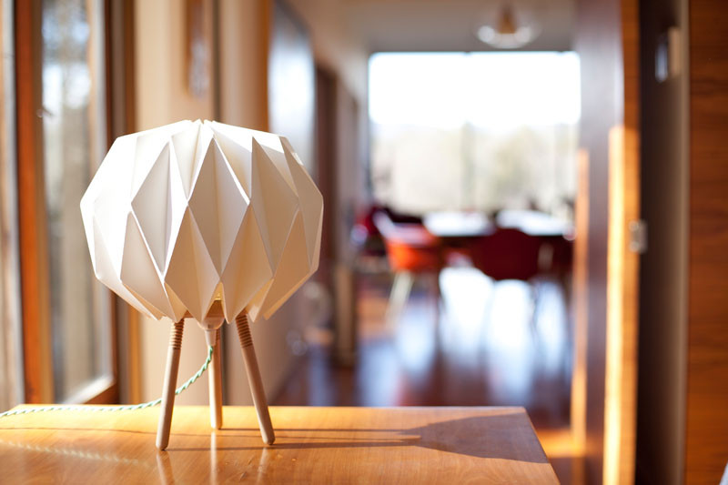 Lampo - The origami shade lamp that comes in a tube