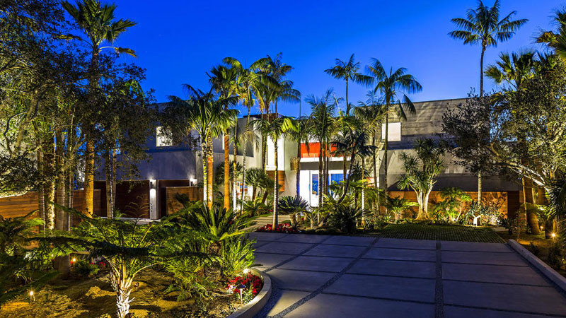 Oceanfront Malibu House