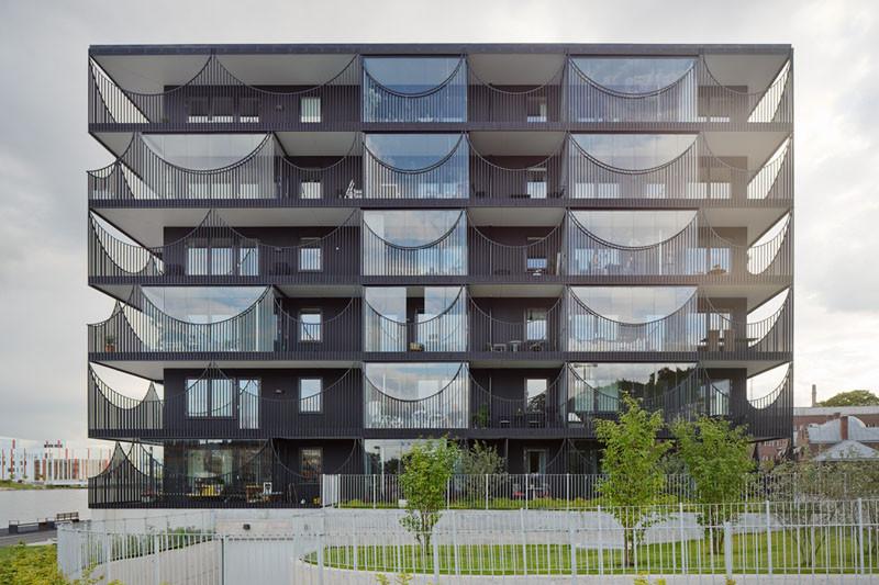 Västra Kajen Housing by Tham & Videgård Architects