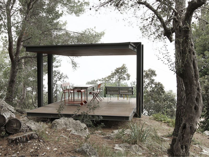 philipp designs a small pavilion overlooking