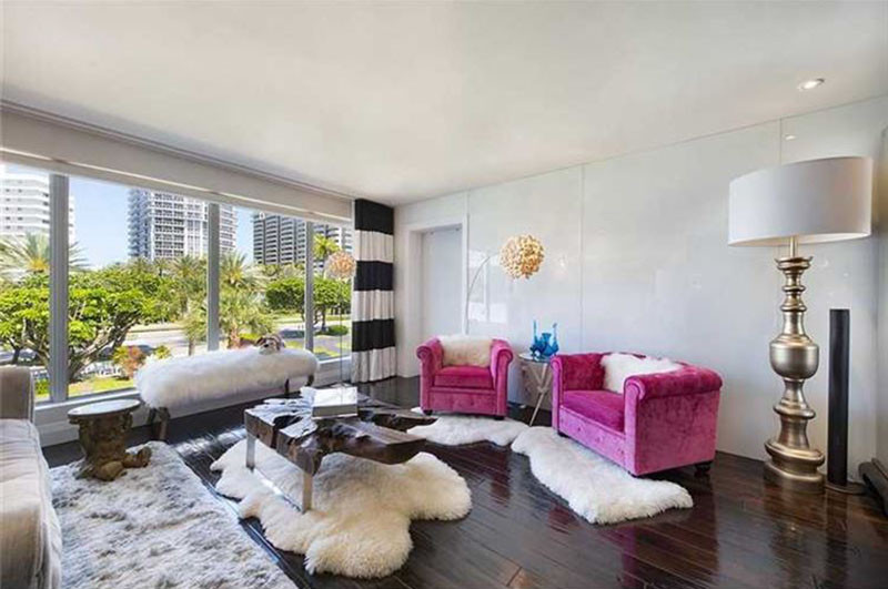 Hgtv Star David Bromstad Is Selling His Condo And We Get