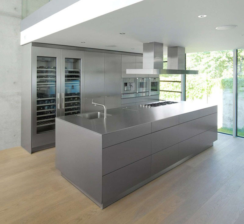 Vote Now Kitchen Islands With Exposed Shelving Or Hidden