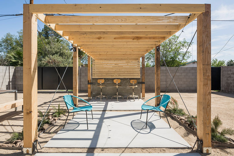 8th Street Residence Remodel in Phoenix, Arizona, designed by Knob Modern Design
